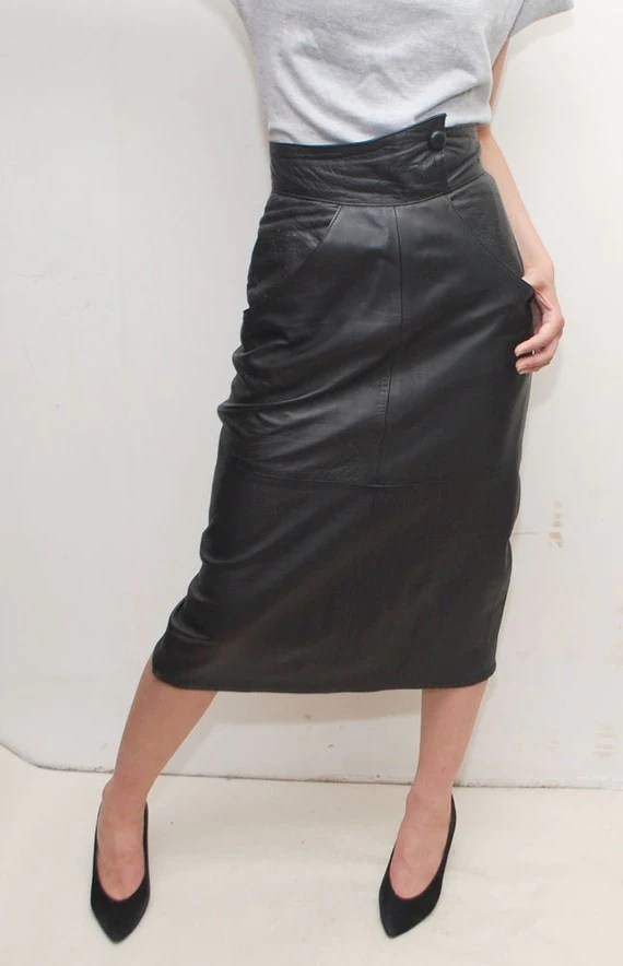 AVANTGARDE black leather skirt with ultra high waist - xs, small