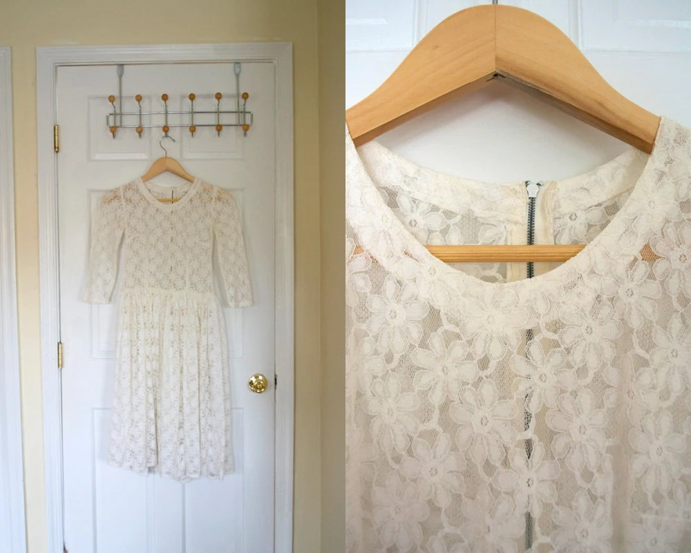vintage 1940's girl's lace dress / sheer white daisy / girls 7 8 / juniors xs