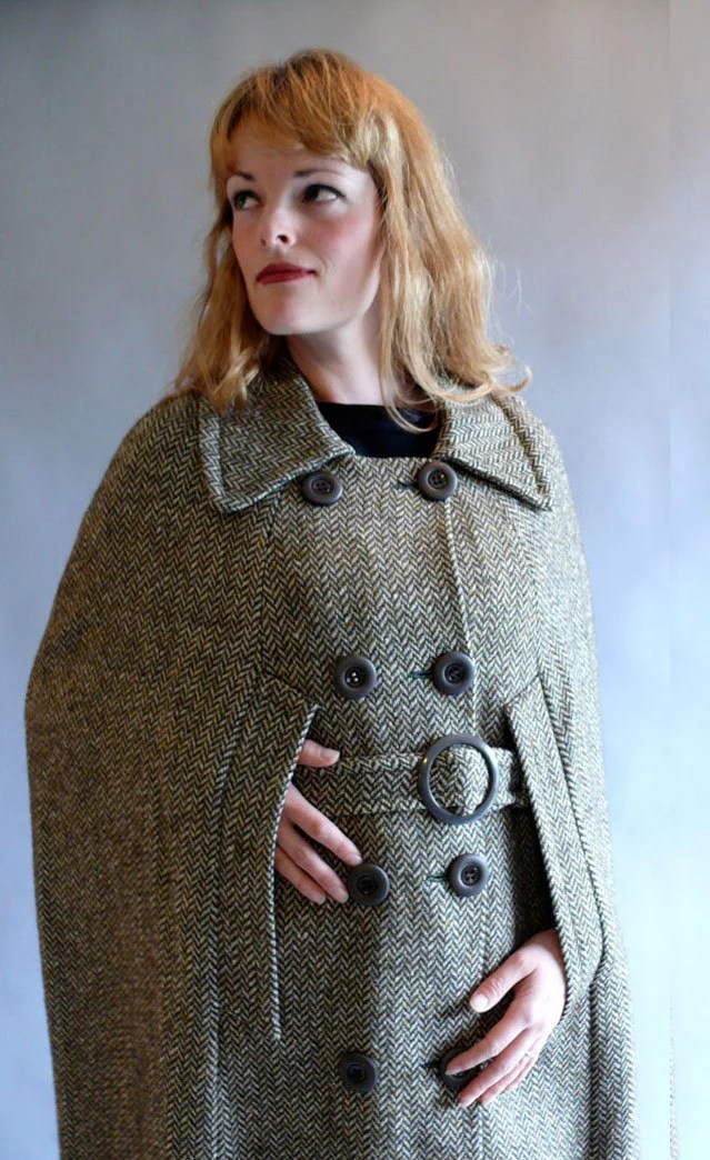 cape / 1960s coat / belted tweed cape