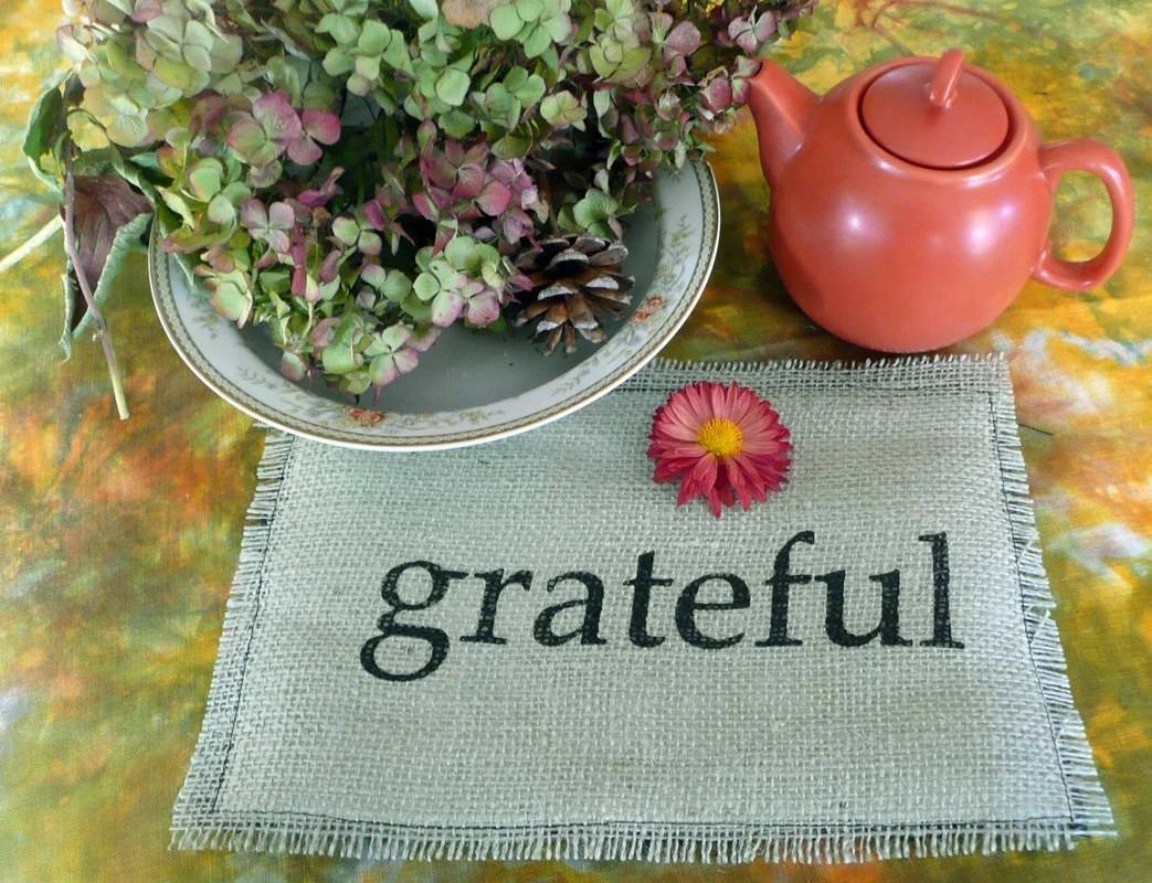 Grateful -Burlap Thanksgiving Table Top Decoration hand printed
