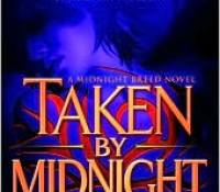 Review: Taken by Midnight by Lara Adrian