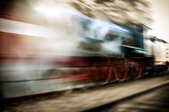 Risultati immagini per treno a vapore dipinto notte