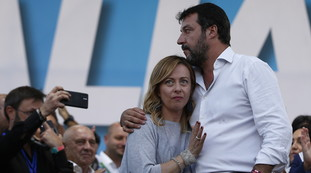 Salvini in crisis? Meloni saves him: Supermedia polls, the comparison with Pd and M5S is a triumph