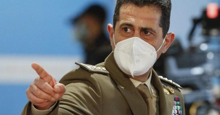 """Generale Figliuolo """"avvisato"""", dentro al Cts c'è una spia: l'allarme di Franco Locatelli"""