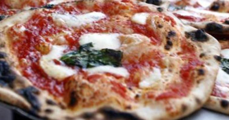 Jesi, tragedia in un panificio: mangia un pezzo di pizza? Morte orribile in pochi minuti
