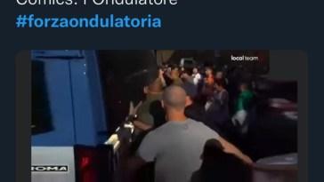 """Luciana Lamorgese e """"la forza ondulatoria"""": il poliziotto in borghese e i No green pass, spuntano queste foto"""