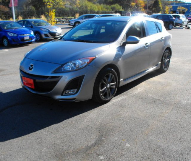 2010 Mazda Mazda 5l Gs Model With Moonroof And Aftermarket Rims
