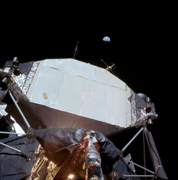 Missioni Apollo, diversi astronauti morti per problemi cardiovascolari: radiazioni spaziali forse la causa