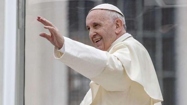 Roma, il Papa festeggia l'onomastico regalando 3mila gelati alle mense per i poveri