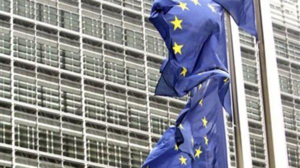 Eurobarometro: appartenenza a Ue positiva solo per il 39% degli italiani