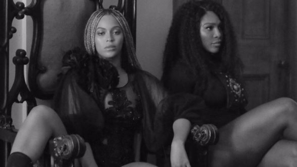 Serena Williams fa twerking con Beyoncé
