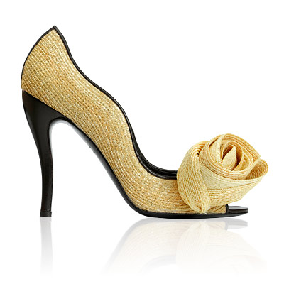 Roger Vivier Nouvelle Vague Pumps
