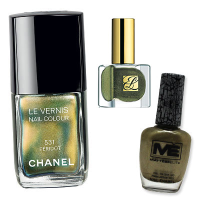 Iridescent Green - Which Nail Colors Will You Wear This Season? - Fall Nail Colors