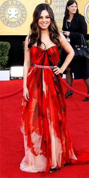 Mila Kunis in Alexander McQueen