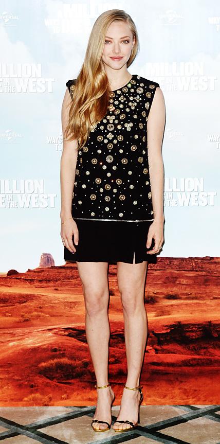 Amanda Seyfried in Alexander McQueen