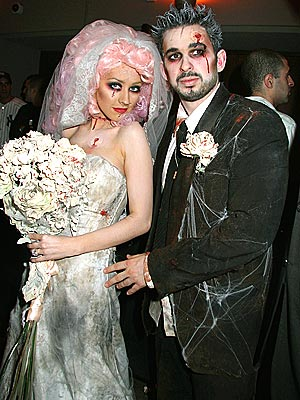 Xtinas nerdy-ass zombie wedding.