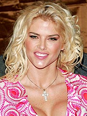 Anna Nicole Smith Died from Accidental Overdose | Anna Nicole Smith