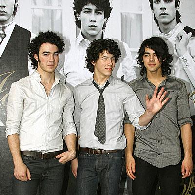 TRIPLE THREAT photo | Joe Jonas, Kevin Jonas, Nick Jonas