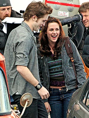 REUNITED LOVERS photo | Kristen Stewart, Robert Pattinson