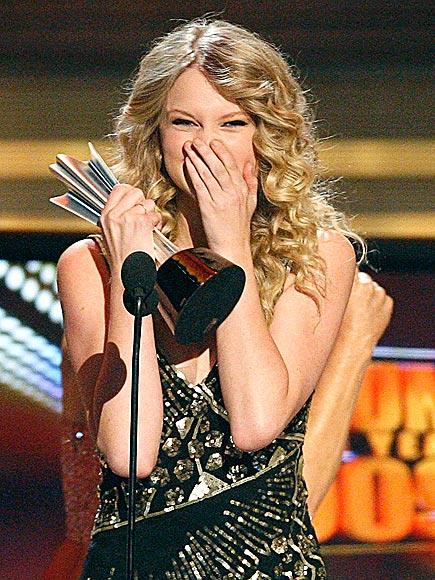 BIG WIN photo   Taylor Swift