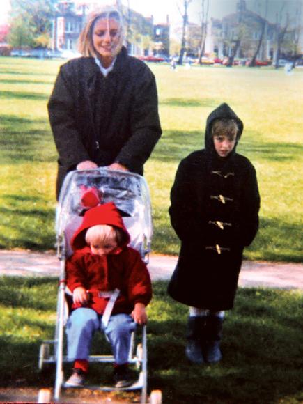 FAMILY PORTRAIT photo | Robert Pattinson