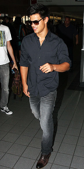 TAYLOR LAUTNER photo | Taylor Lautner