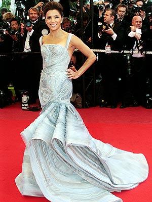 Eva Longorias Wallpaper Print Dress