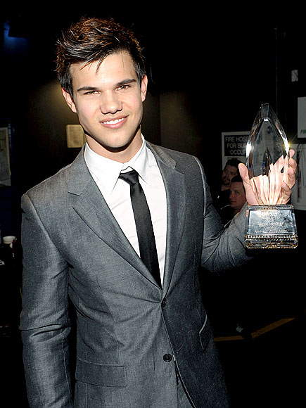 1. HE'S THE WHOLE PACKAGE photo | Taylor Lautner