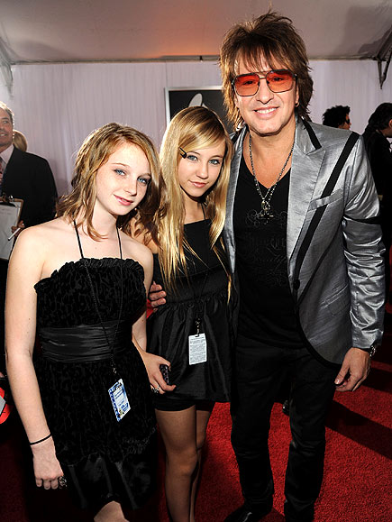 https://i2.wp.com/img2.timeinc.net/people/i/2010/specials/grammys/whatudidntsee/richie-sambora-435.jpg