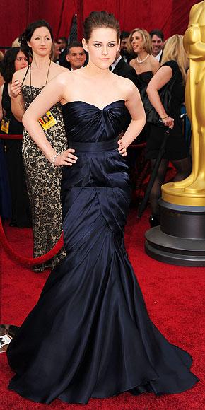Kristen Stewart in Monique Lhuillier