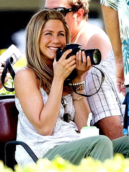 BEHIND THE LENS photo | Jennifer Aniston