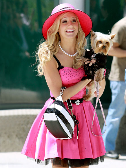Britney Femme Fatale New Celebrity Candids