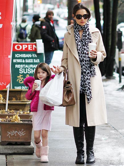 JOINED AT THE SIP photo | Katie Holmes, Suri Cruise