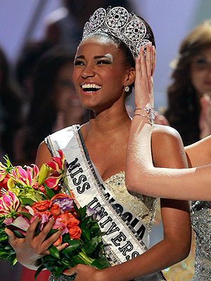 Angola's Leila Lopes Crowned Miss Universe