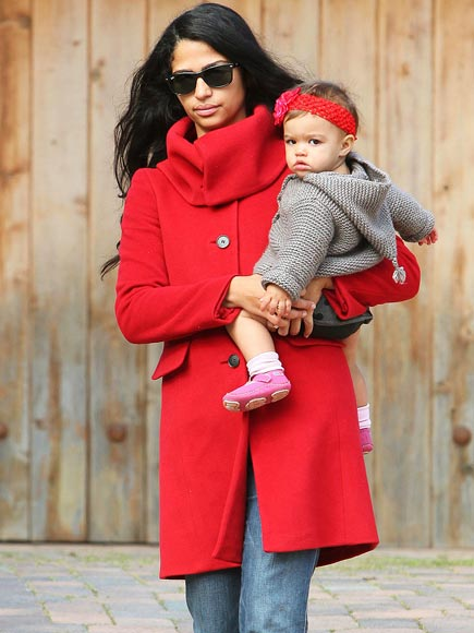 RED-Y TO WEAR photo | Camila Alves