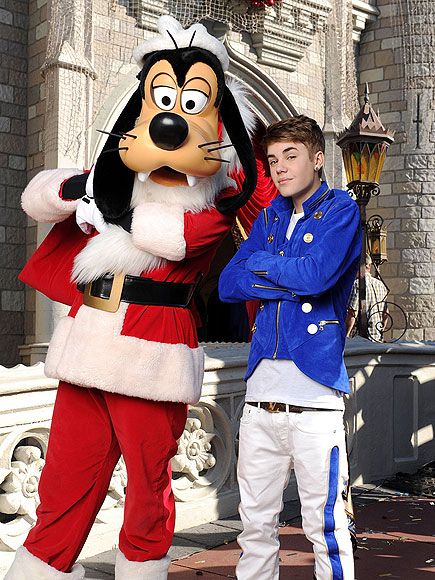 Justin Gets Goofy photo | Justin Bieber