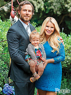 Jessica Simpson Welcomes Son Ace Knute