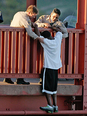 Sgt. Kevin Briggs Stops Suicides on San Francisco's Golden Gate Bridge| Heroes Among Us, Good Deeds, Real People Stories, Real Heroes