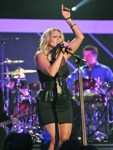 WITHIN ARM'S LENGTH photo | Miranda Lambert