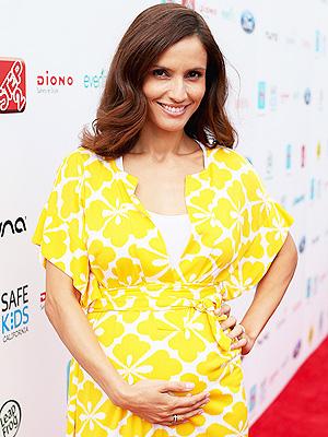 Leonor Varela Welcomes Daughter Luna