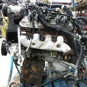 RV Chassis Parts USED CHEVY VORTEC 8100 V8 81L ENGINE FOR