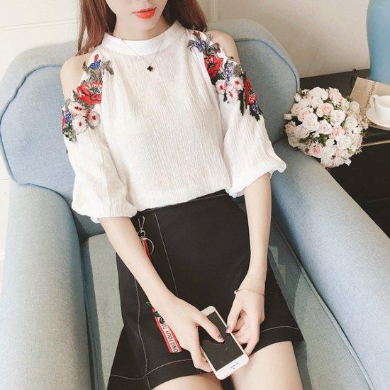 韓国ワンピース オフショルダー 花柄刺繍