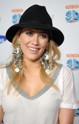 Hilary Duff attends Samsung 3D LED TV launch party - Hot Celebs Home