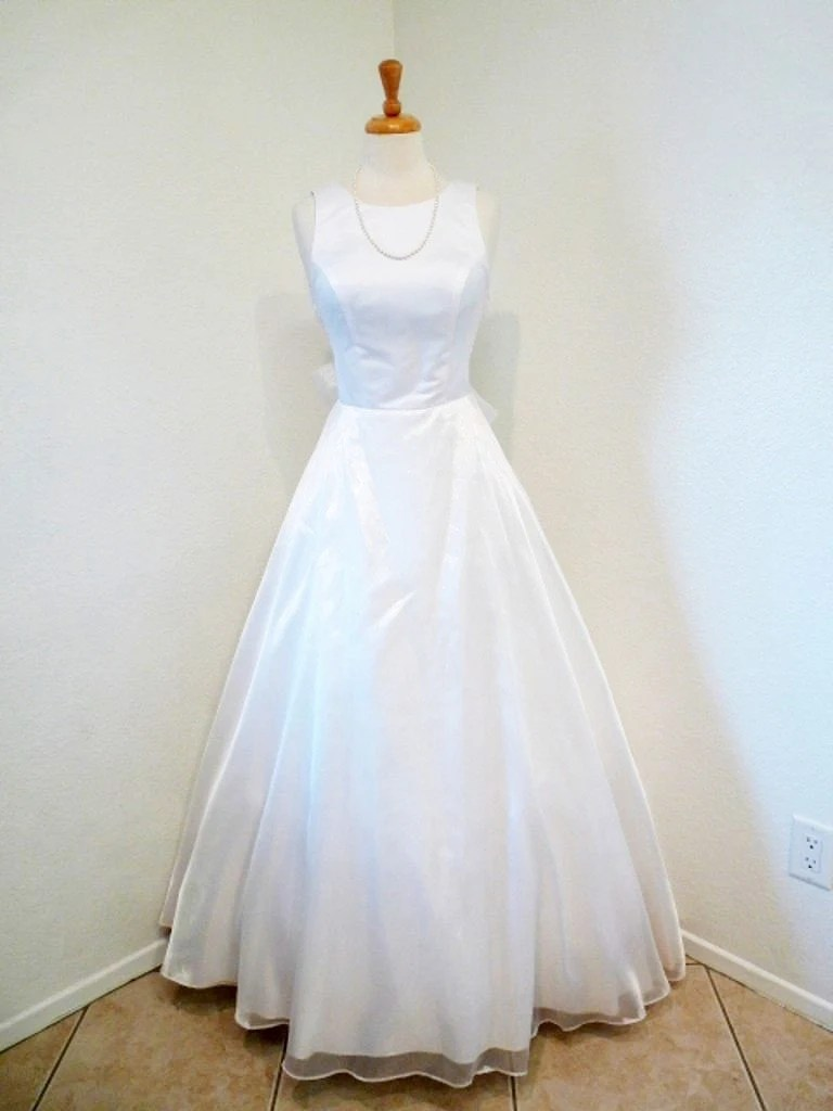 Vintage 1950s Wedding Dress Emma Domb Bridal Gown. White Bow Cocktail. Romantic Summer Wedding Size S