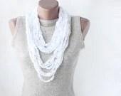 White summer scarf crochet necklace  spring summer fashion vegan - violasboutique