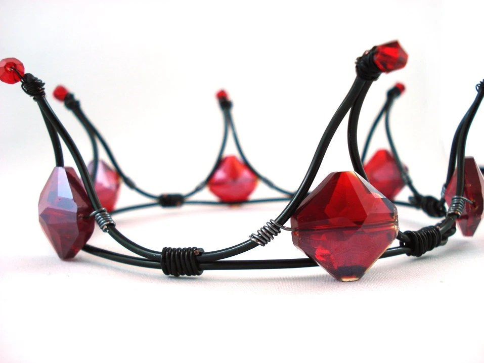 The Queen of Diamonds Black & Red Gothic Tiara - Made to Order - angelyques