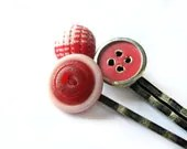 Red bobby pins - preppy, plaid, school girl - lollipop, candy, kawaii - pink, crackle, gold - vintage buttons, vintage - set of 3, trio - 2fillesdunord