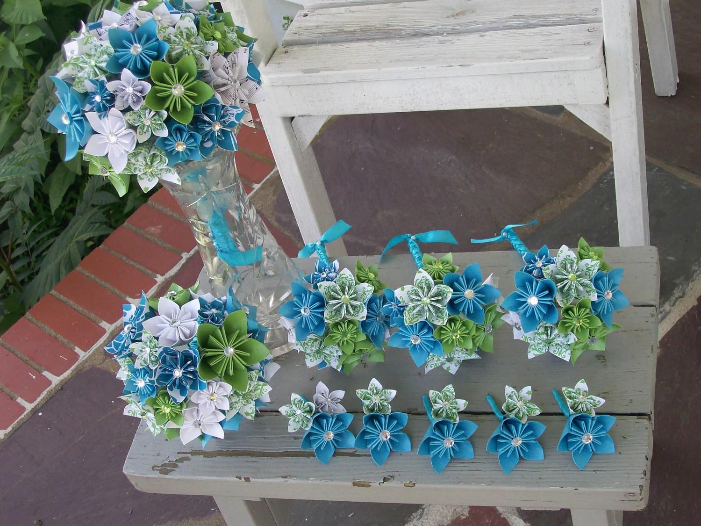 Kusudama flowers pour le bouquet de la mariée et de sa suite