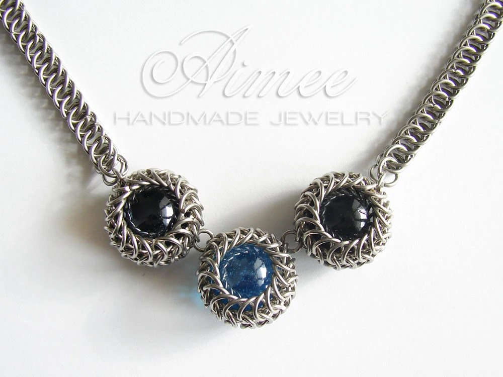 Spheres - chainmaille necklace - AimeesJewelry