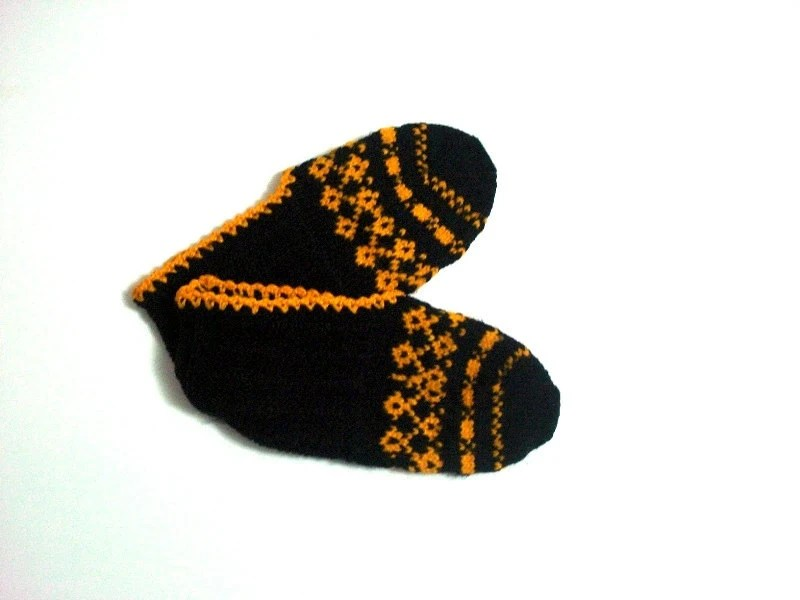 ON SALE Socks Slippers Black and Orange Handmade Turkish knit Slippers, girls slippers, ladies booties, kids knit socks, childs slippers - AnatoliaDreams